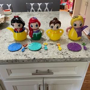 Disney Store Q-Tea Set